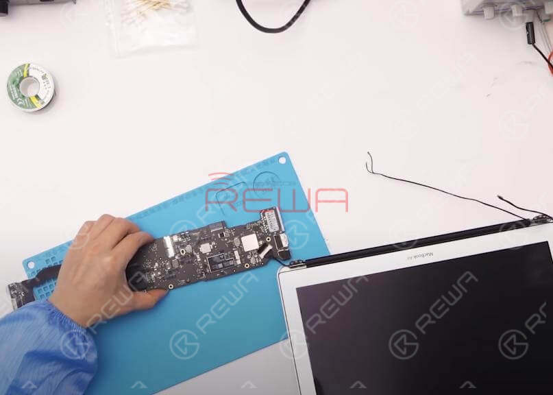 MacBook Air 2015 No Backlight Repair