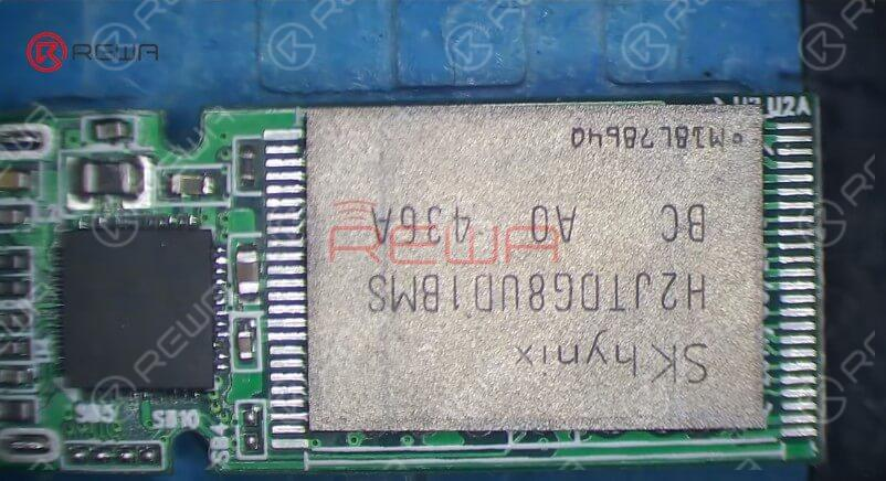 Attach the bare USB flash drive PCB to the PCB Holder. The PCB has been tinned with solder so we can skip the NAND flash chip reballing process.