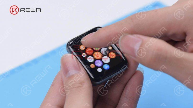Put the screen back into the UV Lamp for two minutes. Then we connect the screen to test. The function of the display and touch is good.