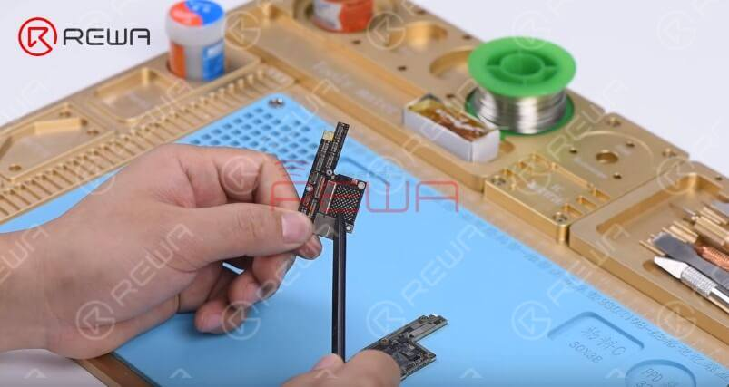 The upper layer has been badly damaged and cannot be repaired anymore. We need to transplant CPU, EEPROM, and NAND on the upper layer onto a new upper layer.  Here we recommend using a specialized upper layer with CPU, EEPROM, and NAND previously removed.