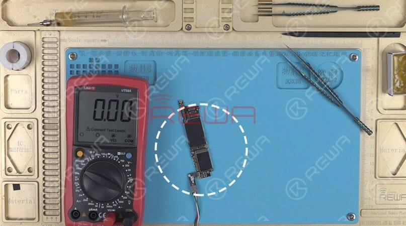 Next, we will use Digital Multimeter to run a diode mode measurement of the three rails of the NAND power supply.