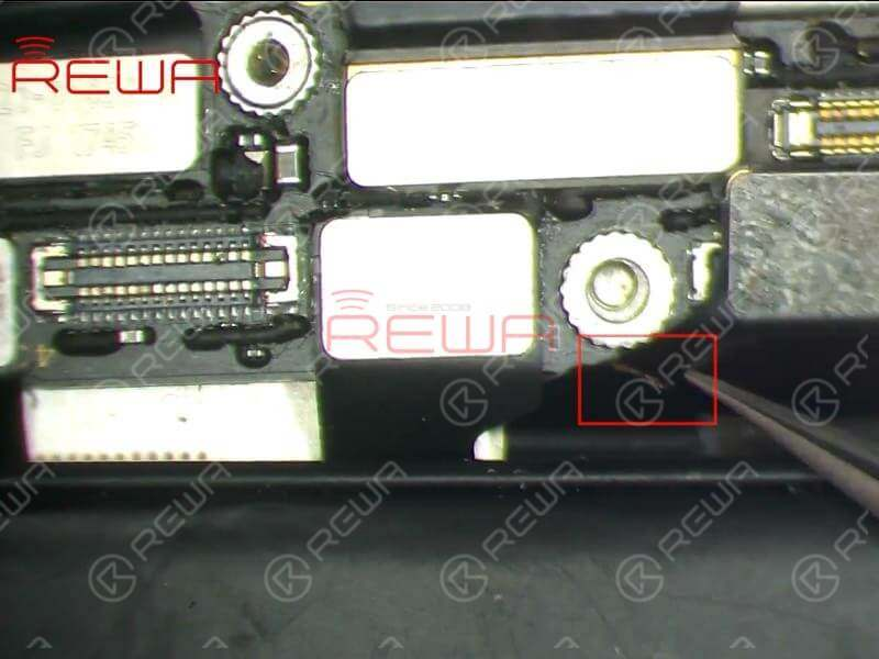 Take apart the phone and disconnect the battery. We can see that the infrared camera module flex cable is broken. So the fault is probably caused by malfunction of the infrared camera.
