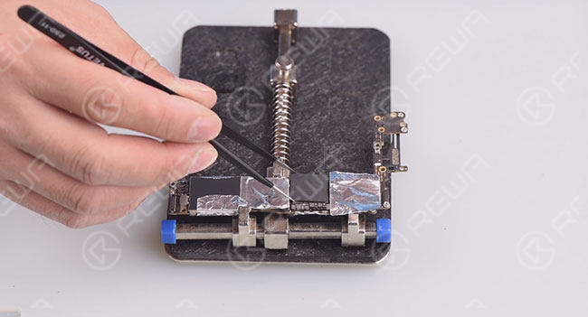 7 Steps for iPhone Data Recovery from Dead Motherboard