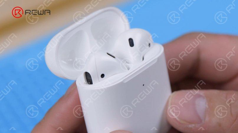 AirPods charging case battery replacement