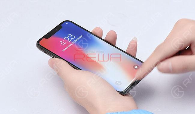 iPhone X Screen Refurbishing
