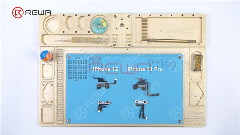 Take the Face ID parts of the iPhone 12 and iPhone 11 Pro to compare. In appearance, the iPhone 12 Face ID front camera module looks much the same as the previous iPhone 11, with some changes to the metal frame and flex cable. The layout of the infrared camera, front camera, and dot projector remains unchanged.