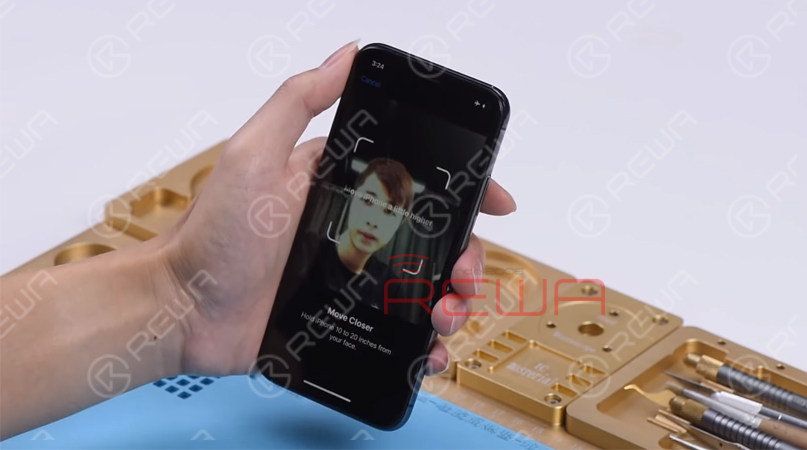 The phone keeps sending messages: 'move iPhone a little lower/higher' during the setting up process of Face ID. It means that Face ID cannot be set up successfully on the phone.