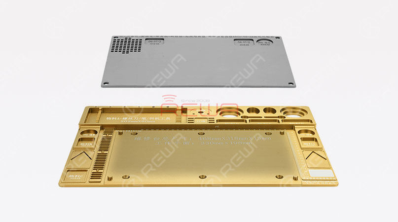 Why not try the integrated mobile phone repair platform? The giant platform comes with an Aluminum base and a heat-resistant silicone pad. The point of this platform is that it can not only gather up different repair tools (including the microscope) & components but also features anti-static functionality.