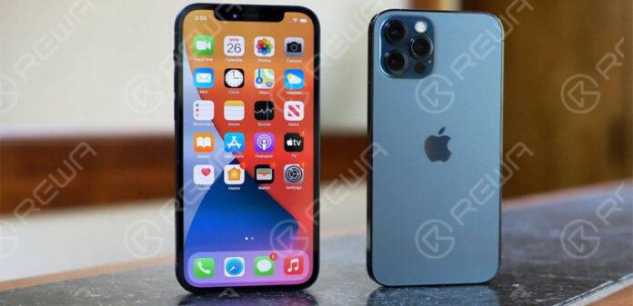 iPhone 12 screen flickering
