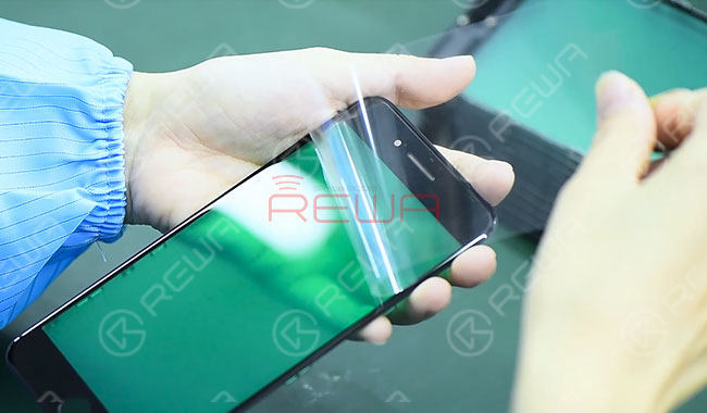 iPhone Aftermarket Glass Lens Factory Tour in China