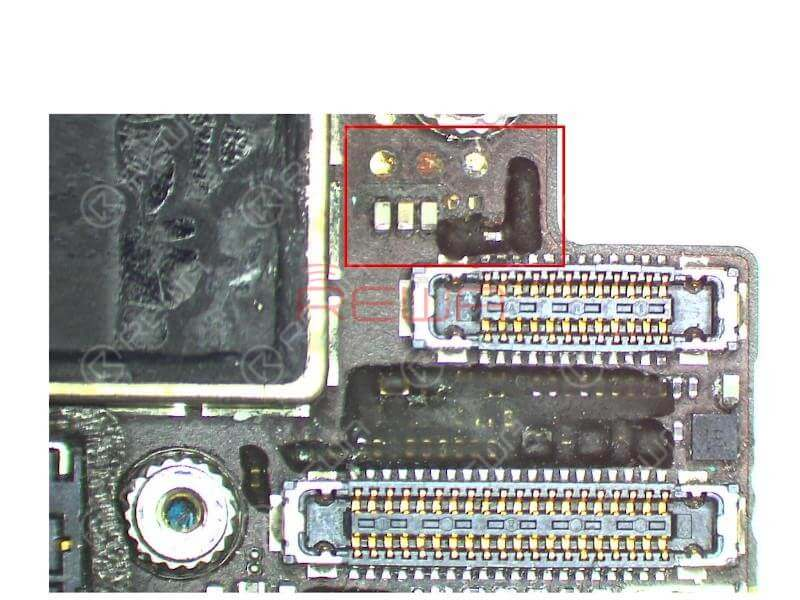Check the logic board under the Microscope carefully. We can see that components next to J3801 are mouldy and circuits on the board are seriously corroded.