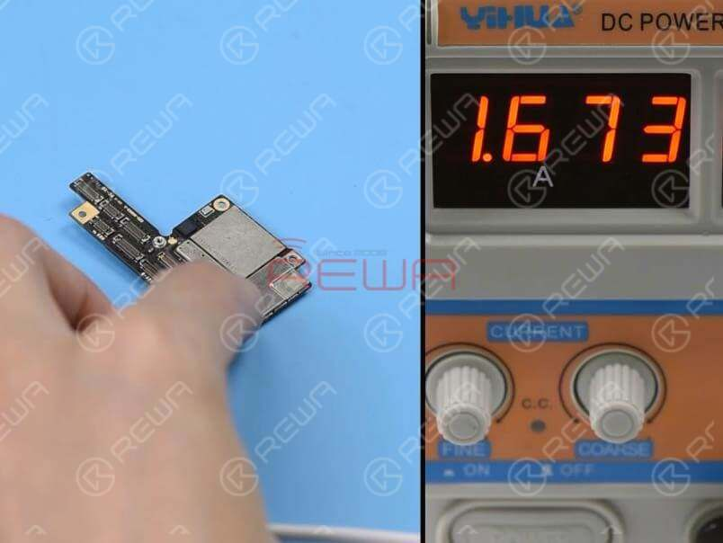 Now we can test the upper layer. Connect the battery connector on the upper player with the DC power supply. Then get the upper layer booted up with tweezers. The boot current is still larger than normal value. We can confirm now that the fault is related to the upper layer.