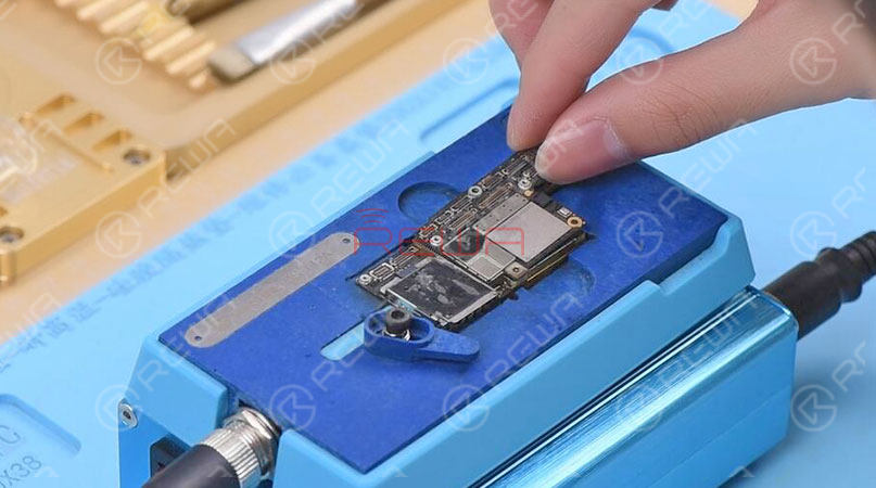 3 Must-have Tools For Double-stacked Motherboard Repair